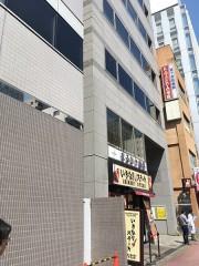 7.いきなりステーキのビルの5階です